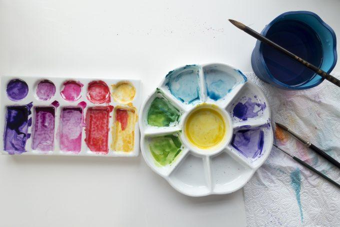 Akvarellimaalaus tarvikkeet