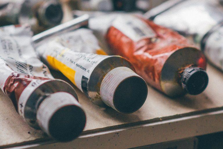 Akryylivärit - aloittelevalle taiteilijalle